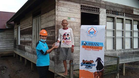 LAZ NF Sampit Bagikan 714 Paket Daging Qurban Berkah ke Pedalaman Kalimantan